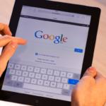 Tablette en main | Recherche google